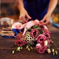 חיזוק הקשר הזוגי בעזרת זר פרחים